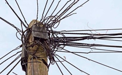 wires war
